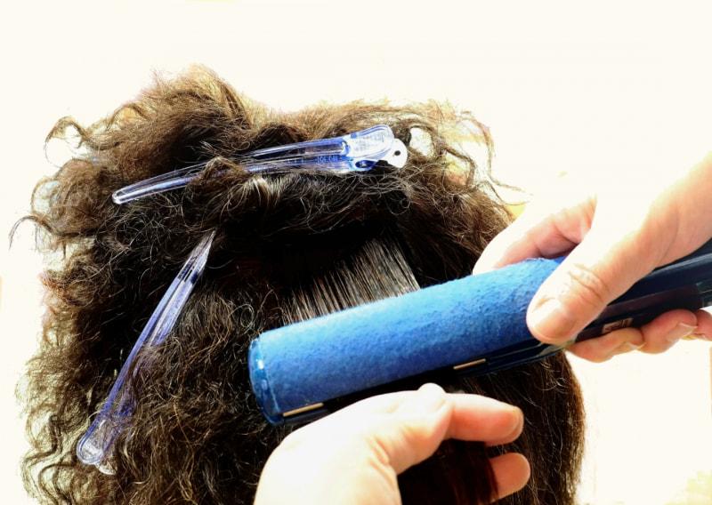 くせ毛 を 治す 方法